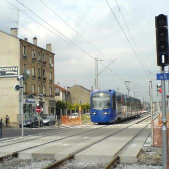edilon)(sedra LCS for TRAM LEVEL CROSSINGS